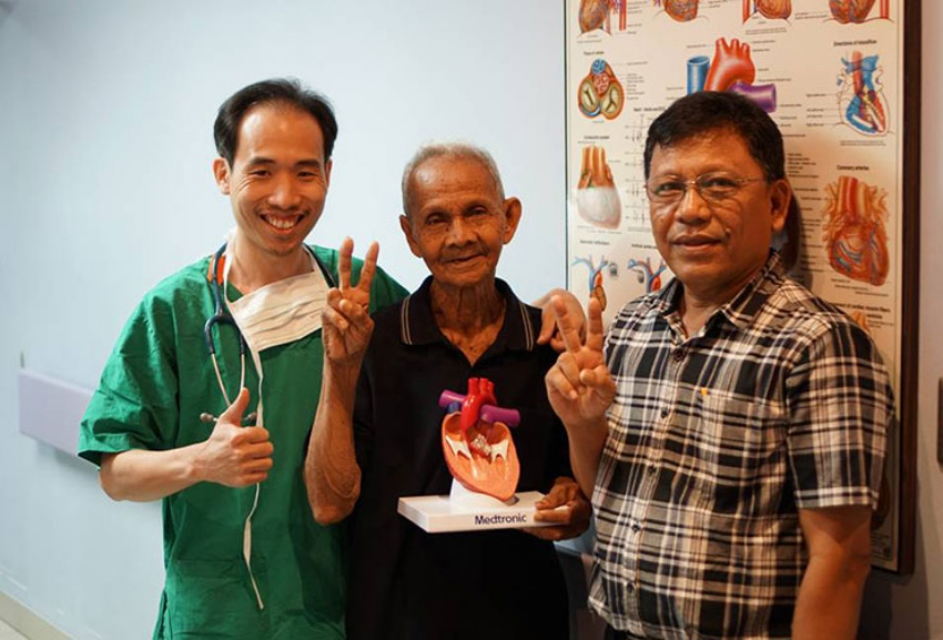 Naradhiwas Rajanagarindra Heart Center replaced heart valve without surgery