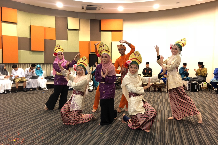 Exploring ASEAN in Brunei
