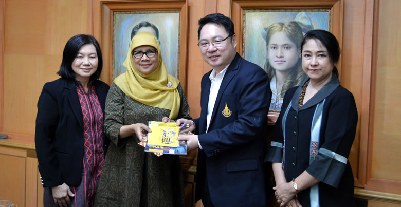 Universitas Airlangga, Indonesia, Delegate visits PSU